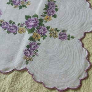 1970s Purple Rose Spring Bouquet Kerchief